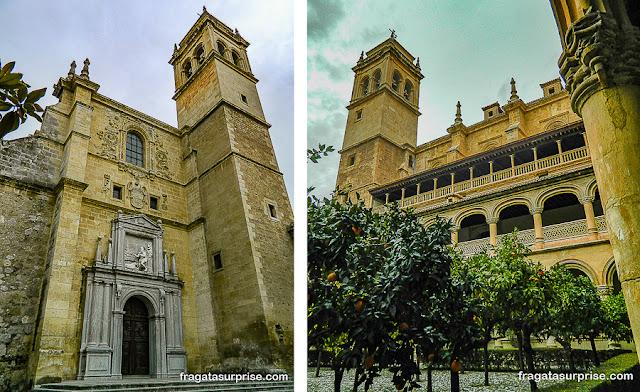 Campanário do Mosteiro de San Jerónimo, em Granada