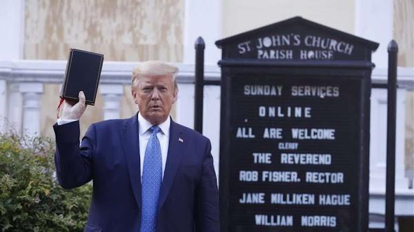 Ντόναλντ Τραμπ: Ο Μπάιντεν είναι κατά… του Θεού