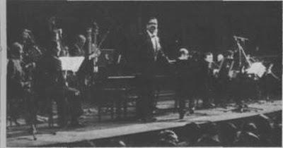 Horacio Salgan con su orquesta en el Teatro Colon en 1972