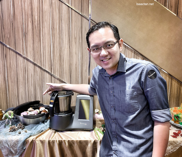 InnoChef Touch Launched In Malaysia