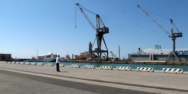 Ferragosto, port of Livorno