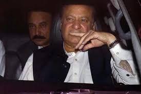 Nawaz Sharif at risk of heart attack, hospital sources