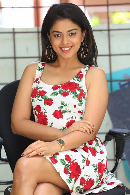 Telugu Actress Siddhi Idnani Latest Hot Stills Actress Trend