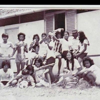 ALUMNI TAHUN 1976 KELAS 3 B SMP TIMONONG NYARUMKOP SINGKAWANG