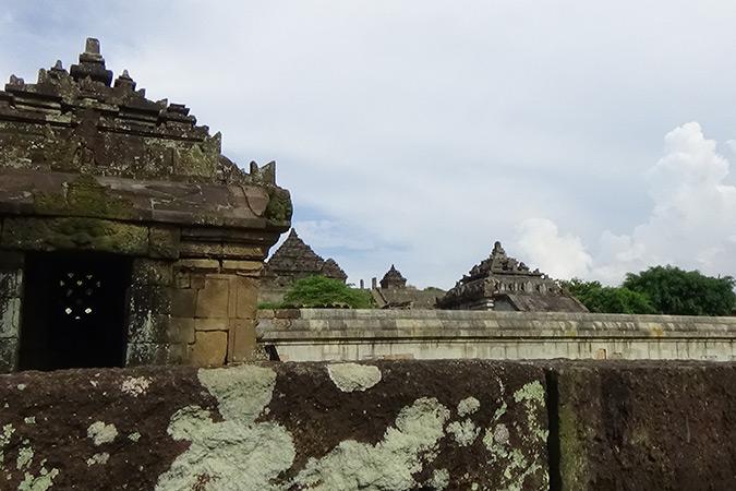 Dlium Ijo Temple