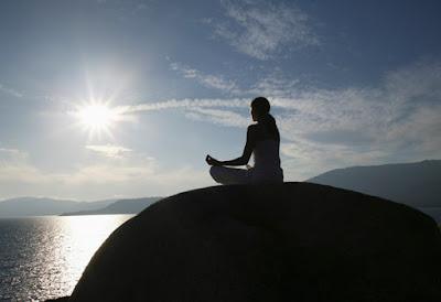 Yoga cũng giúp chúng ta tích cực hơn về mặt tinh thần