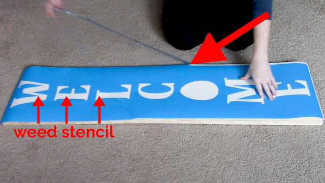 porch sign, vertical sign, vertical porch sign, Oracal 813, stencil material