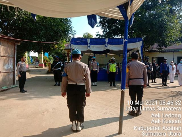 Personel Jajaran Kodim 0208/Asahan Jaga Keamanan Di Pos Pengamanan III