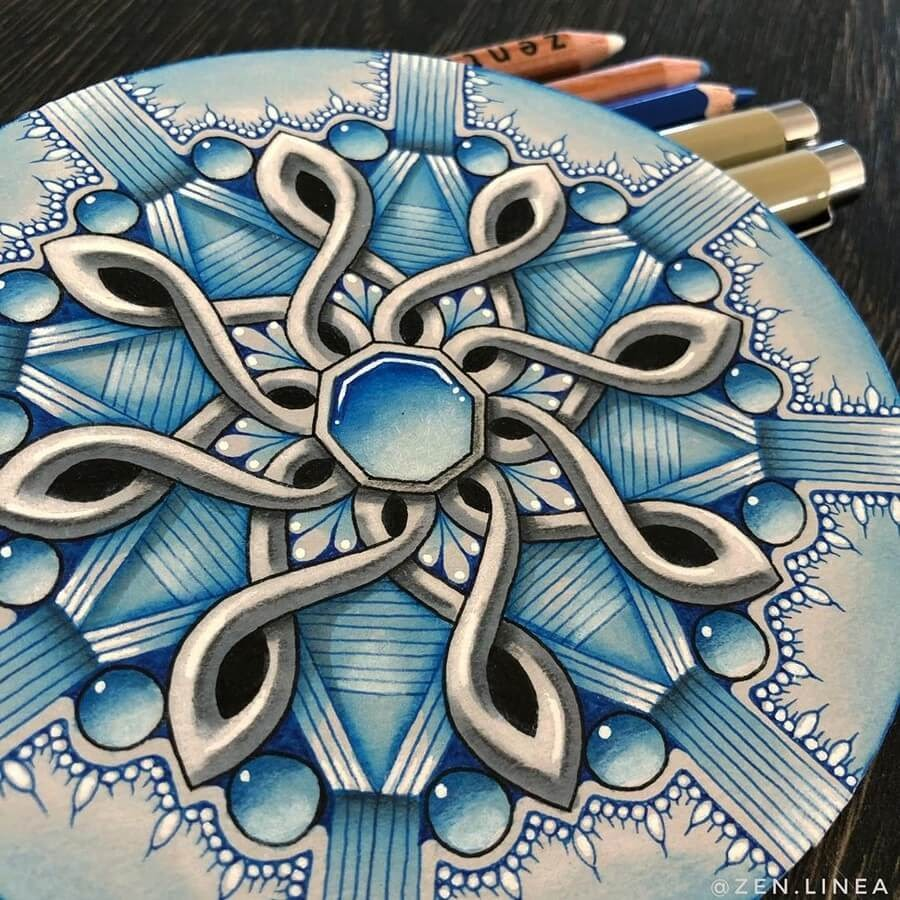 06-Anica-Gabrovec-Zentangle-Drawings-www-designstack-co