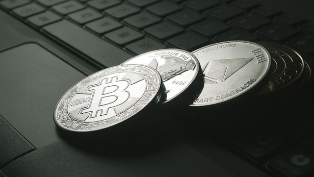 why bitcoin better than other altcoins btc superior cryptocurrency