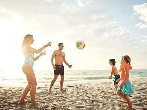 6 Pilihan Tempat Wisata  Traveling Pantai