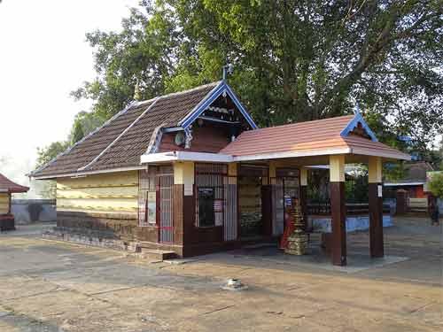 Kannambra Vela – Sree Kurumba Bhagavathy Kavu Festival
