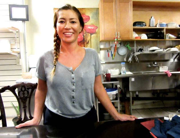 Hawaii eats - Weekly Eater archive: One-woman show at Sara\'s Cafe