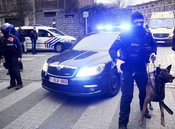 الشرطة الفرنسية تعتقل شخصا ثالثا على خلفية مداهمات باريس