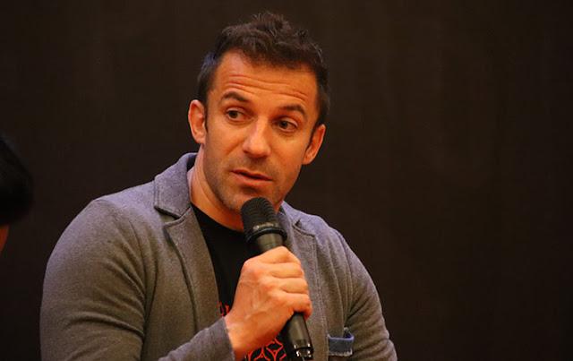 Mantan striker tim nasional Italia, Alessandro Del Pier