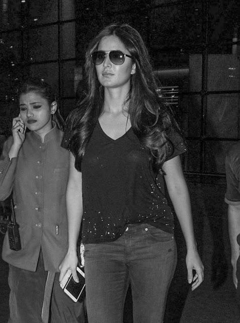 Katrina Kaif Spotted at Goa Airport