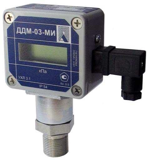 На фото датчик давления микропроцессорный с индикацией ДДМ-03-МИ