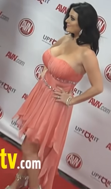 Sophie Dee Hot Photos At 2012 AVN AWARDS Show Red Carpet Actress Trend