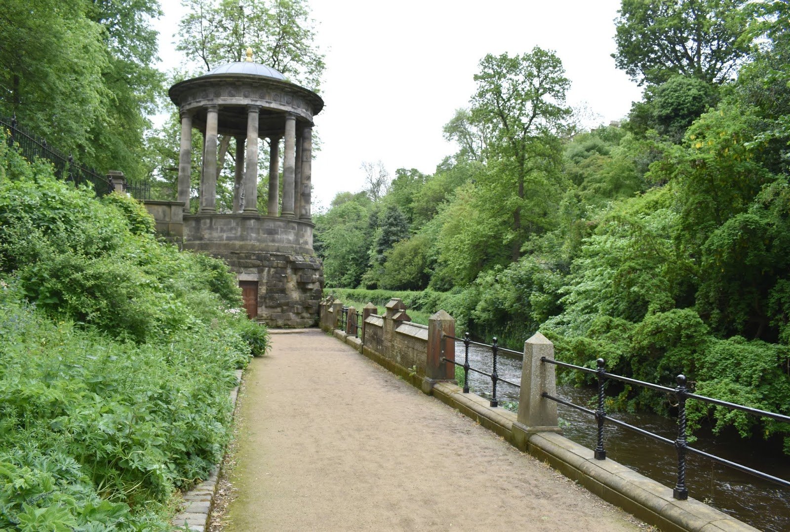Alternative Weekend in Edinburgh - Water of Leith Path