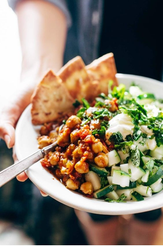 Detox Moroccan-Spiced Chickpea Glow Bowl
