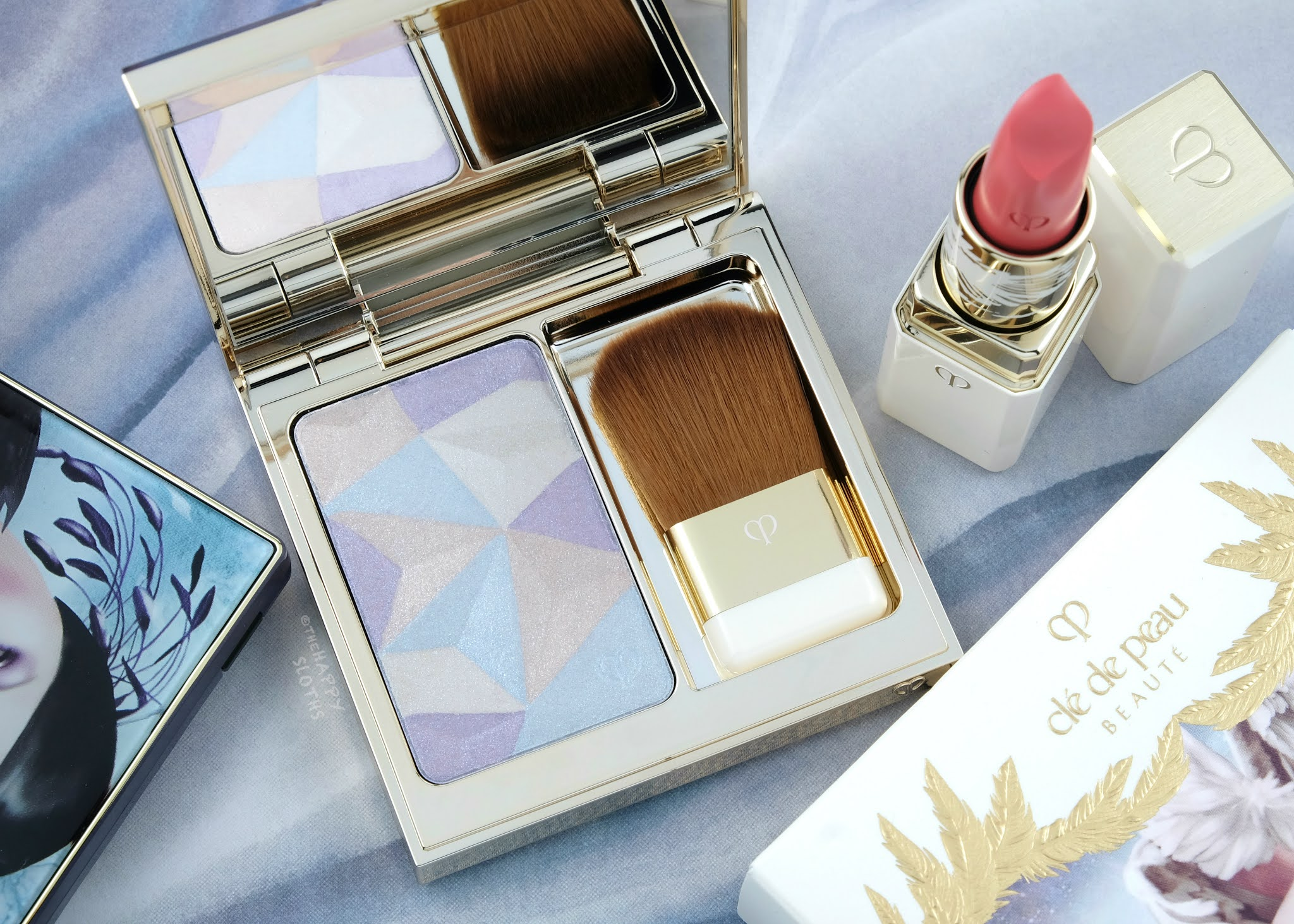 """Clé de Peau Beauté 