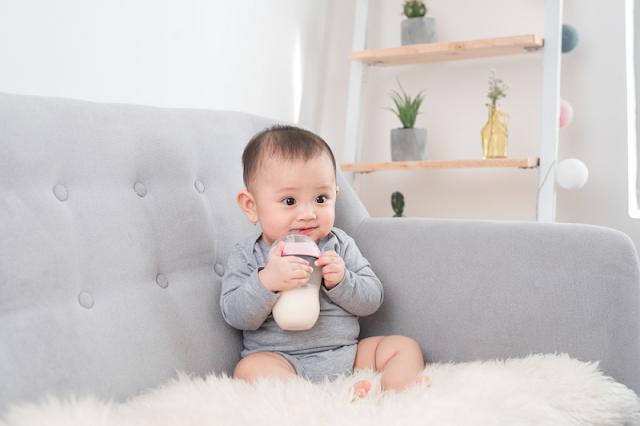 Susu bayi 6 bulan
