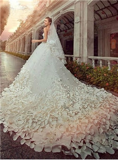 Alt+Charming Sweetheart Floor-Length Patterned Flower Beading Cathedral Wedding Dress