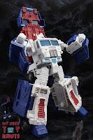 Transformers Kingdom Ultra Magnus 42