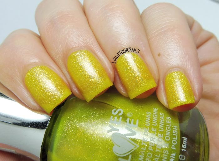 Smalto giallo matte Yes Love G1 yellow matte nail polish #yeslove #matte #nails #unghie #lightyournails
