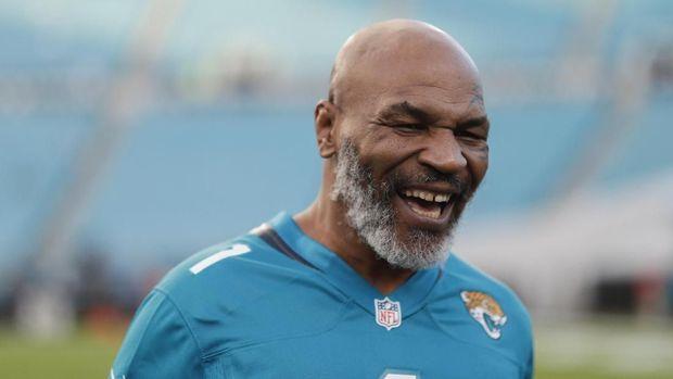 Petinju Legend Mike Tyson Telah Menyatakan Dia Sangat Menyesal Saat Mengigit Kuping Holyfield