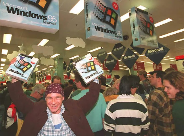 windows 95 launching