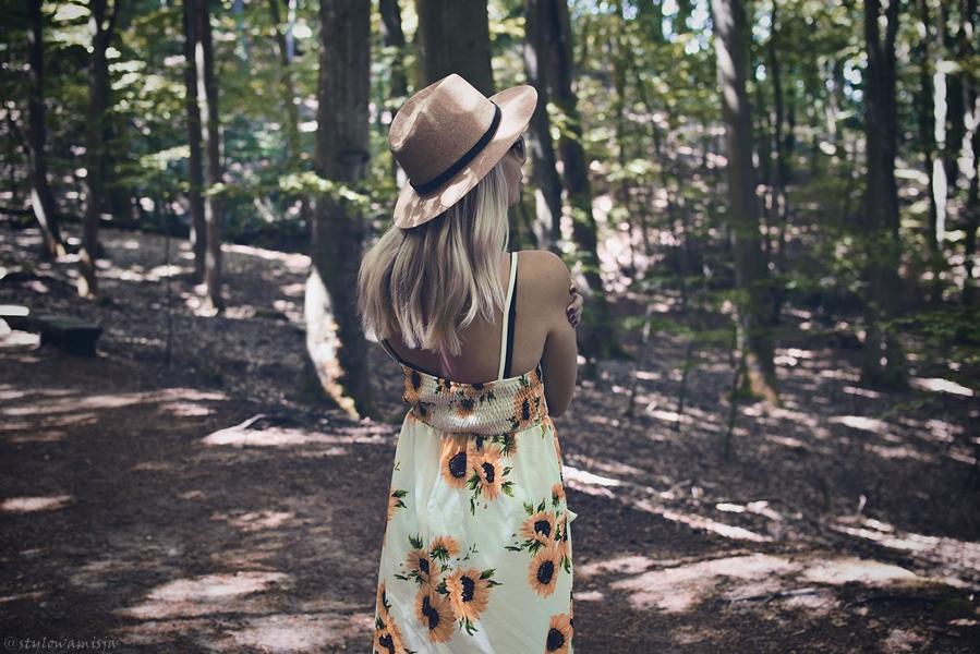 kapelusz, las, moda, przemyślenia, słoneczniki, sukienka, zaful, zdrowie,