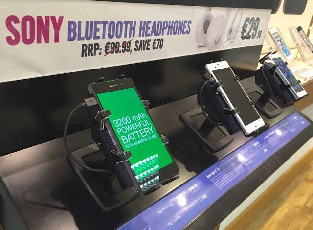 SONY專賣店選用Gripzo的智慧手機防盜架,手機防盜,手機防盜器,手機防盜繩