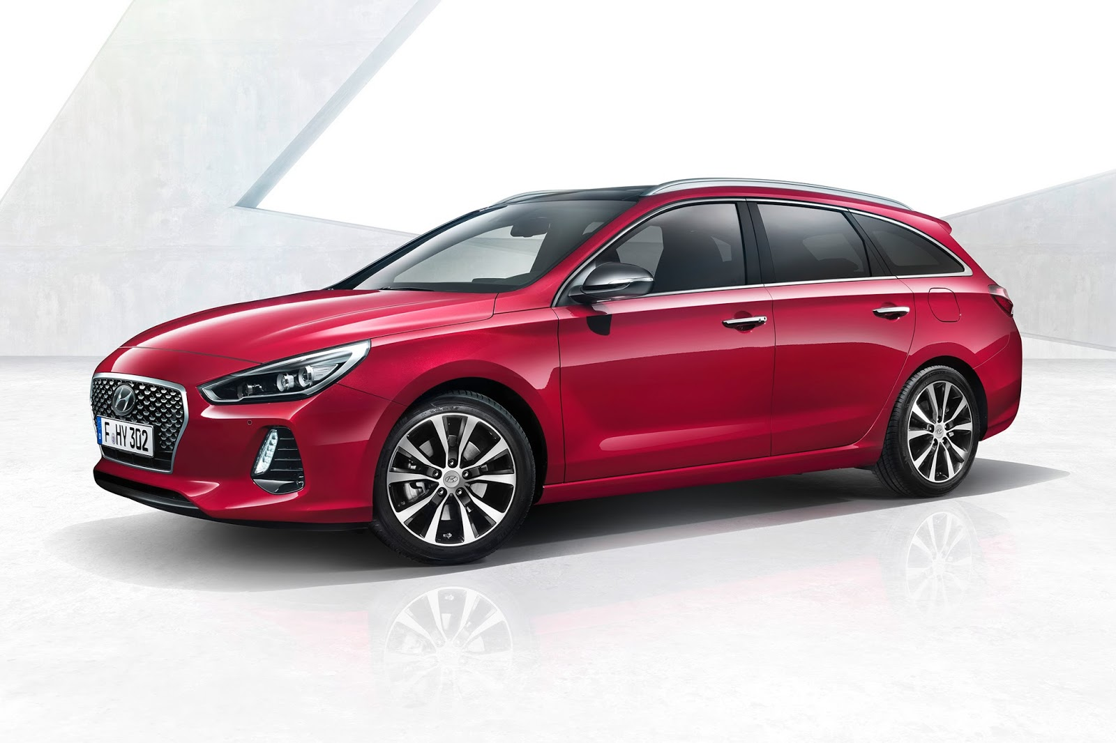 new hyundai i30 wagon is the elantra estate we ll never get carscoops. Black Bedroom Furniture Sets. Home Design Ideas