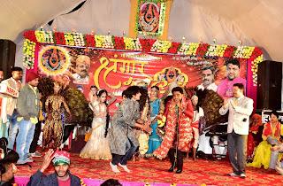 मां शीतला श्रृंगार महोत्सव में कलाकारों ने बिखेरा जलवा  | #NayaSaberaNetwork