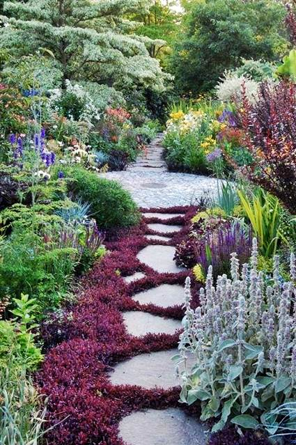 How To Make a Garden Stone Path With Gravel 1