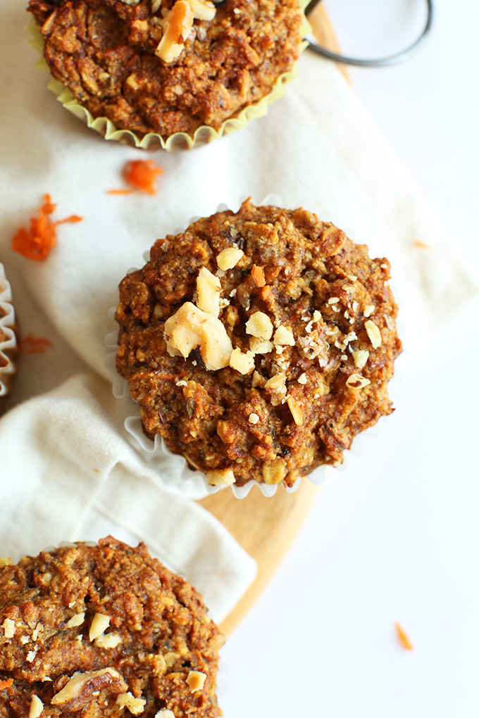 1-BOWL CARROT APPLE MUFFINS (VEGAN + GF) #carrot #apple #muffins #vegan #veganrecipes #glutenfree #healthyrecipes #healthyfood