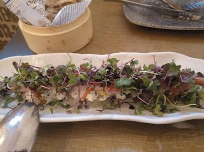 Anguila ahumada en restaurante Bacira_Tusolovive Madrid