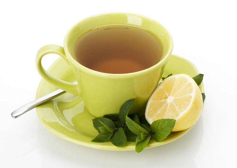 10 Benefícios à Saúde do Chá Verde Com Limão