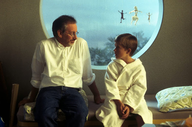 Stephen Spielberg chats with Osment