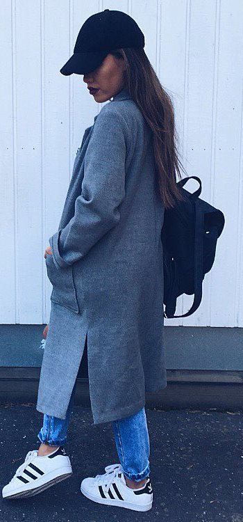 trendy outfit_bag + hat + coat + jeans + sneakers