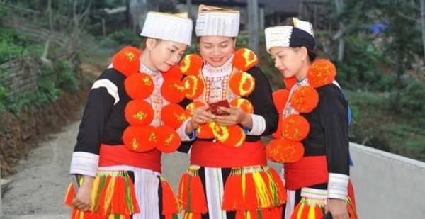 Việt Nam sẽ phổ cập Smartphone toàn dân giá 500.000 đồng, tăng cường kiểm soát thông tin