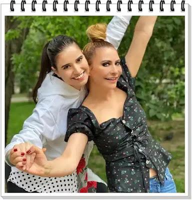 SARA DENISE ARZAN poze rare cu mama sa Adina Buzatu