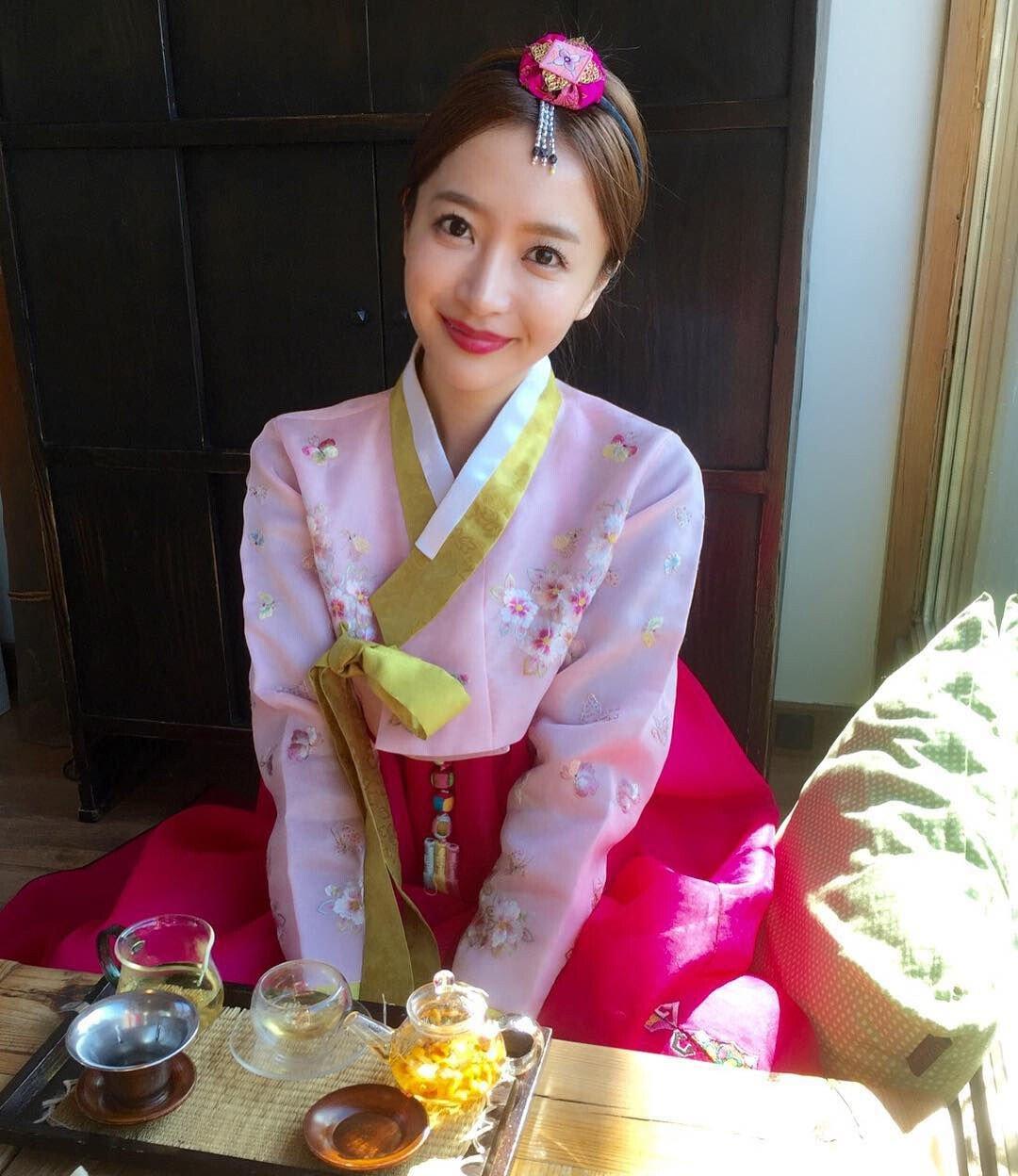 한국을 매우 사랑한다는 일본 누나 - 짤티비