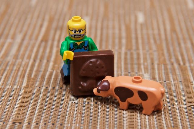 Lego - Advent Calendar - Calendrier de l'Avent - Fermier - Farmer - Lego - Cochon - Pig - Champignon - Mushroom - Chocolat au lait