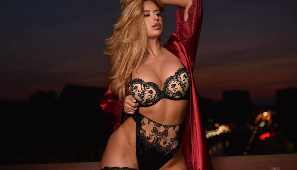Anerix Model GlamourCams