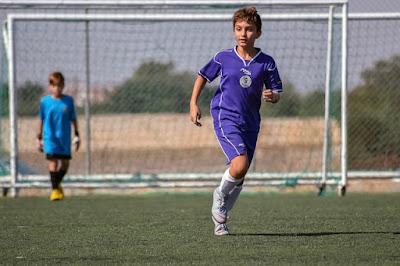 Sepak Bola Melatih Pembentukan Karakter Anak