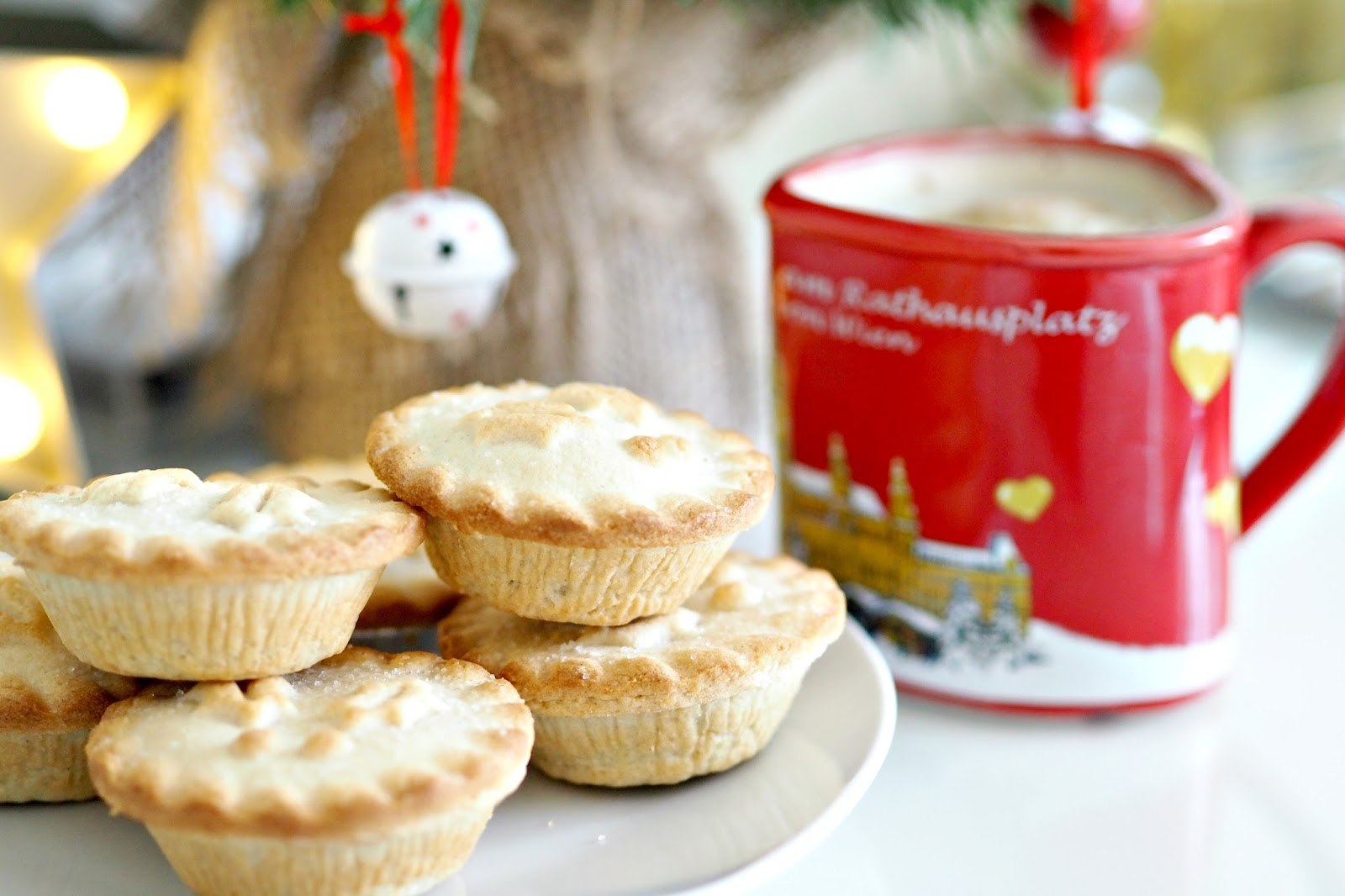 My christmas bucket list, mince pies and mulled wine