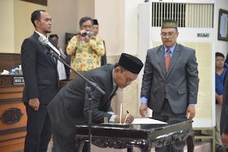 Karena Ibadah Haji, Anggota DPRD Jember Baru Ucapkan Sumpah