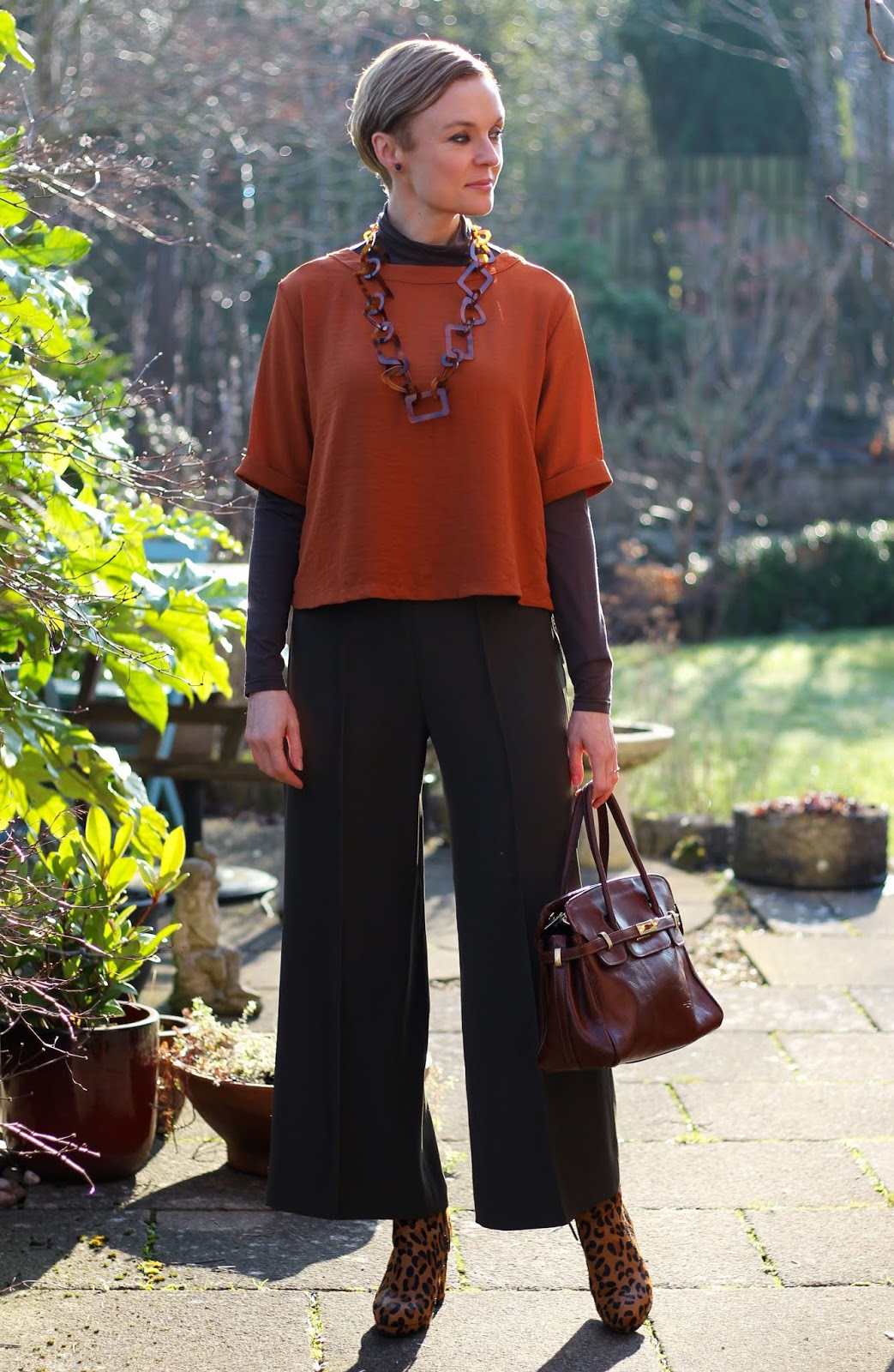 Long Culottes, Secret Layers, Leopard Boots and a Cropped Top!